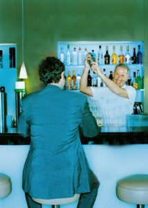 Bartender_vs_suit