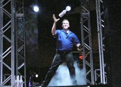 Dean_juggling